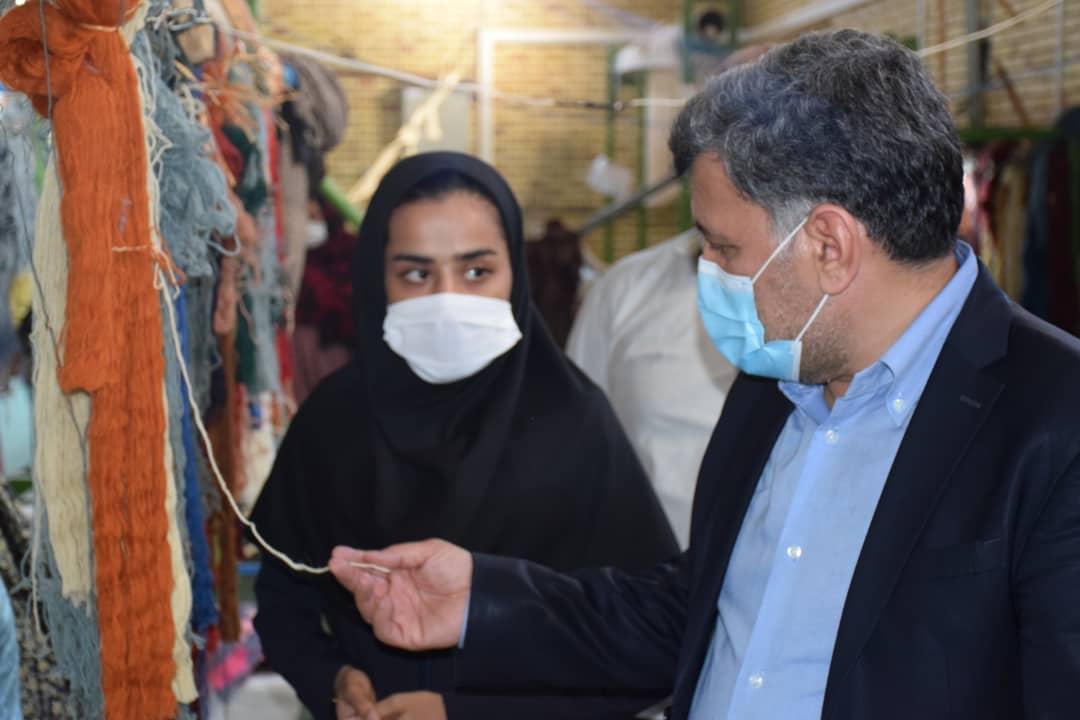 بازدید مشاور وزیر صمت از اقدامات معین اقتصادی منوجان