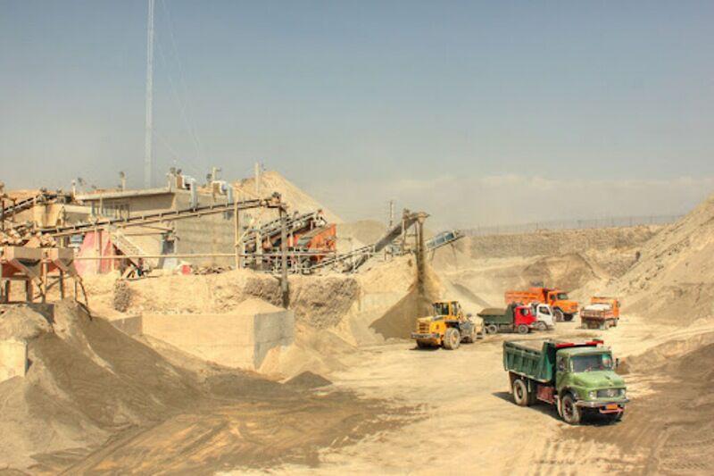 ۵۰۳ معدن دارای پروانه بهرهبرداری در آذربایجانغربی فعالیت می کند